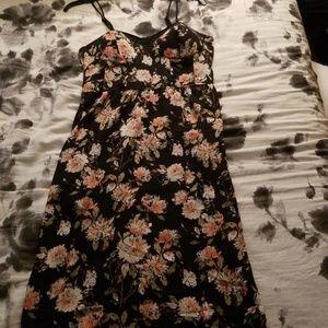 This maxi dress has pockets!